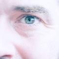akis...