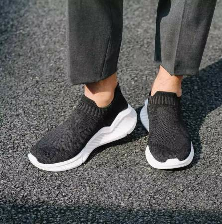 Antibakteriyel malzemeden üretilen yeni Xiaomi spor ayakkabıları