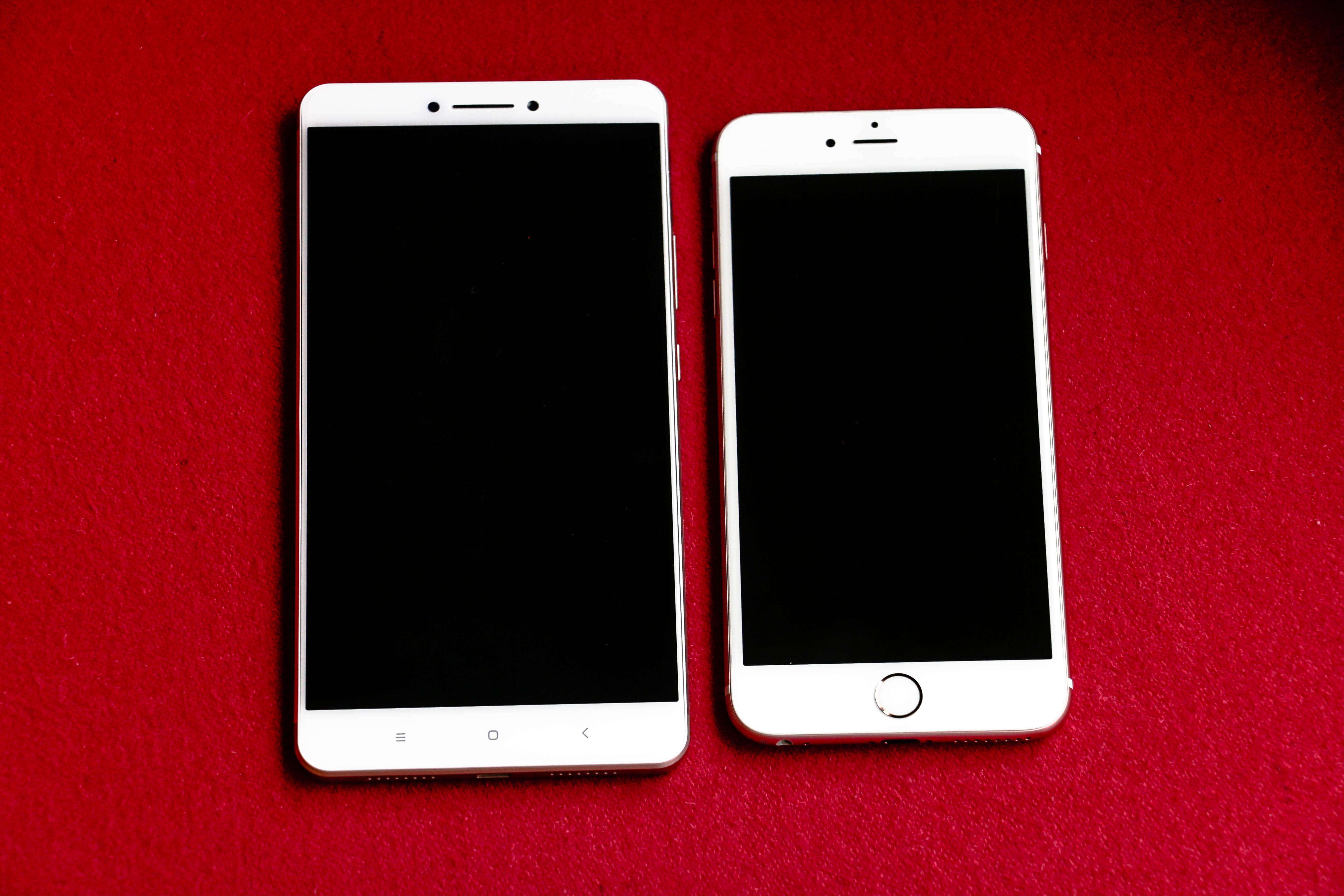 ultimate showdown mi max vs iphone 6plus display comparison mi max mi community xiaomi. Black Bedroom Furniture Sets. Home Design Ideas