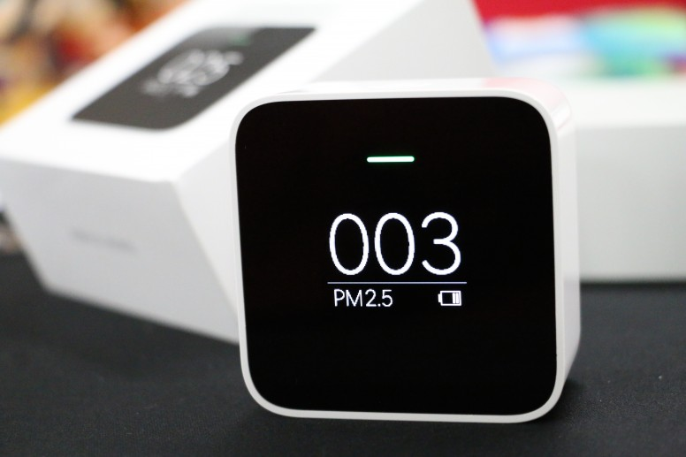 [Unboxing] Xiaomi Mi PM 2.5 Detector: Know what you are actually breathing!