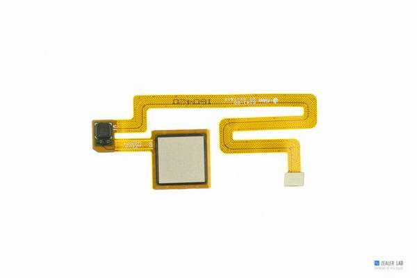 Xiaomi-Mi-Max-Teardown-24-600x400.jpg