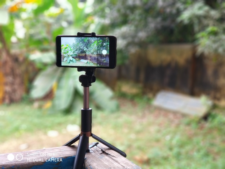 Apexel Bluetooth Selfie Stick Cum Tripod Review, Hands On, Unboxing Using Mi6 Feat. Redmi Note 4