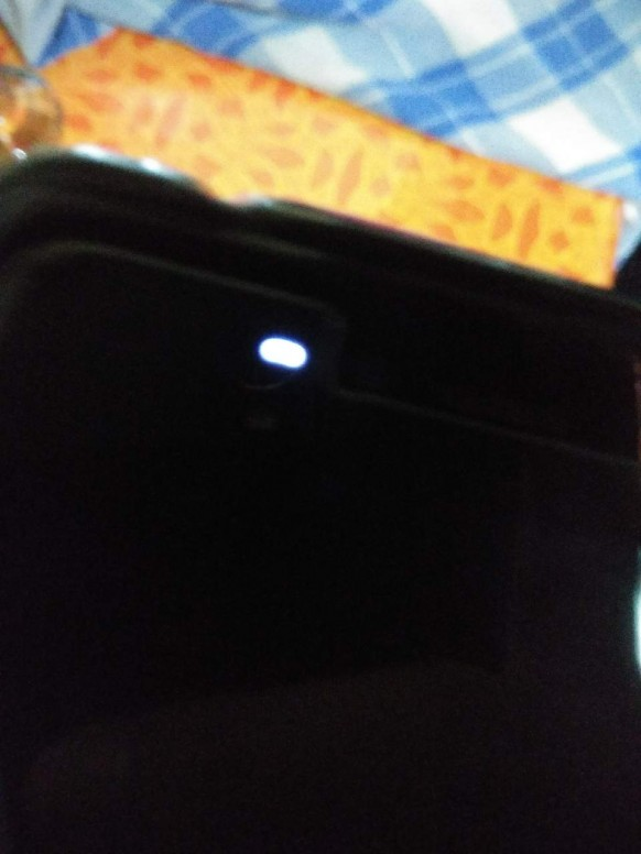 My redmi y1 is dead, But indicator light is blinking - Redmi