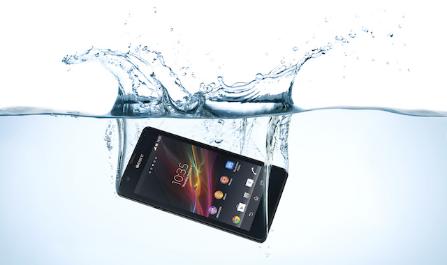 4e2109d8b Water-resistant vs Water-repellent vs Waterproof: What's the ...