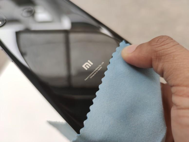 #TET2020: Cách vệ sinh điện thoại sạch sẽ và những lưu ý quan trọng để chuẩn bị đón Tết